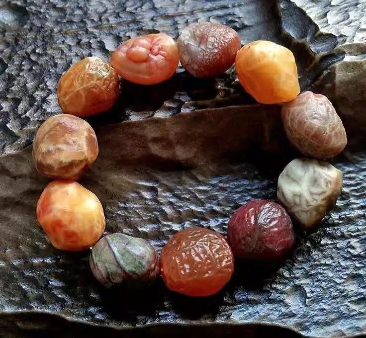 <b>【戈壁臻藏】戈壁珠宝:爱的饰言,一诺永恒,直到永远!</b>