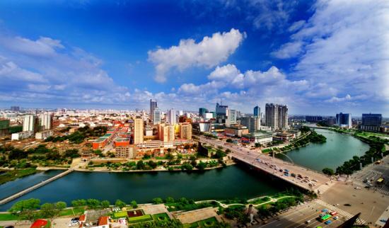 加快城市繁荣发展,恒信的脚步从未停止。