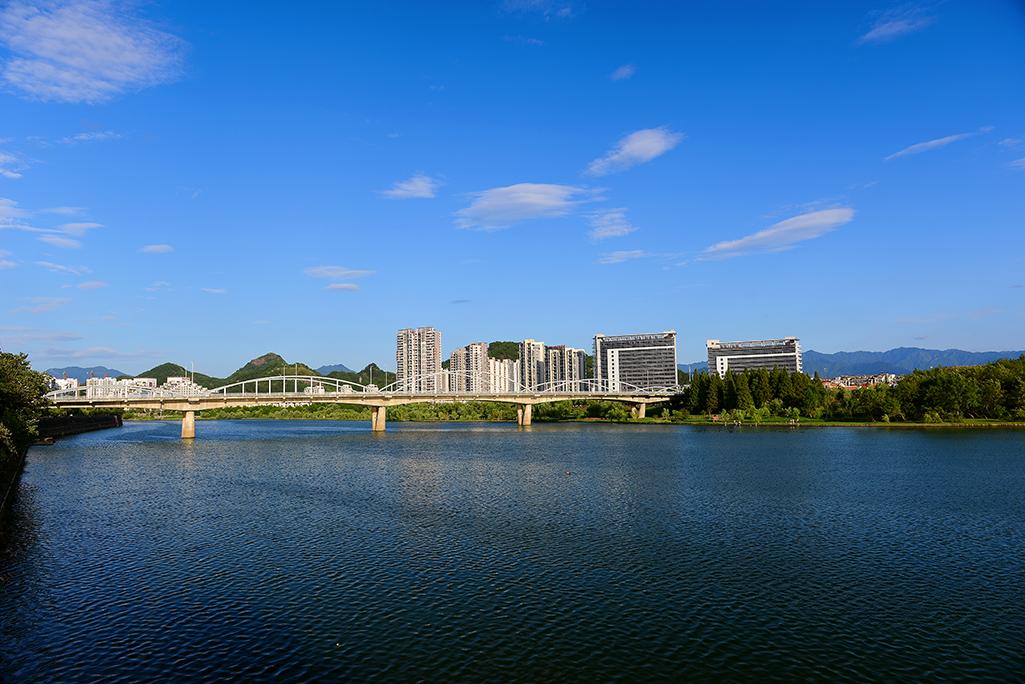 安徽境内最宜居的城市之争,合肥、芜湖落选,不是安庆也不是蚌埠