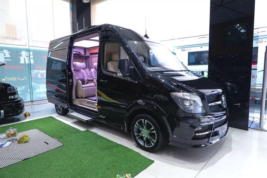 2.8米的s级MPV,出众的力量 超值,给您奢华舒适的享受,轻松省心的旅行!