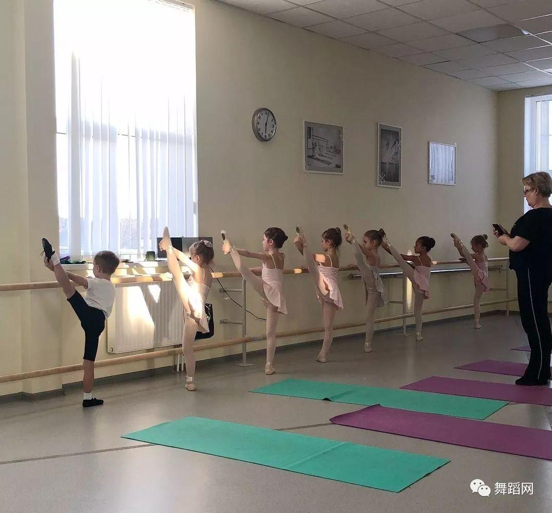 舞蹈老师太凶,是好是坏?