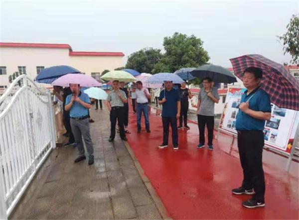 <b>内乡县领导带队观摩瓦亭镇农村人居环境改善工作</b>