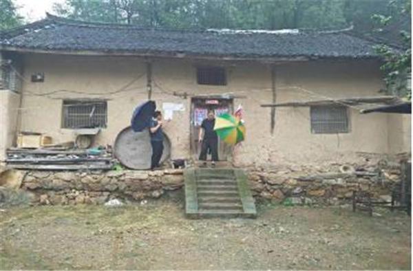 """西峡县回车镇:切实做好汛期""""地质灾害易发区""""群众撤离工作"""