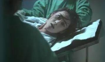 分娩导致宝宝头被拉断,产妇当场晕倒,这样的医生让人心寒