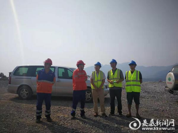 <b>双峰县应急管理局对冷水江市开展非煤矿山交叉执法检查</b>