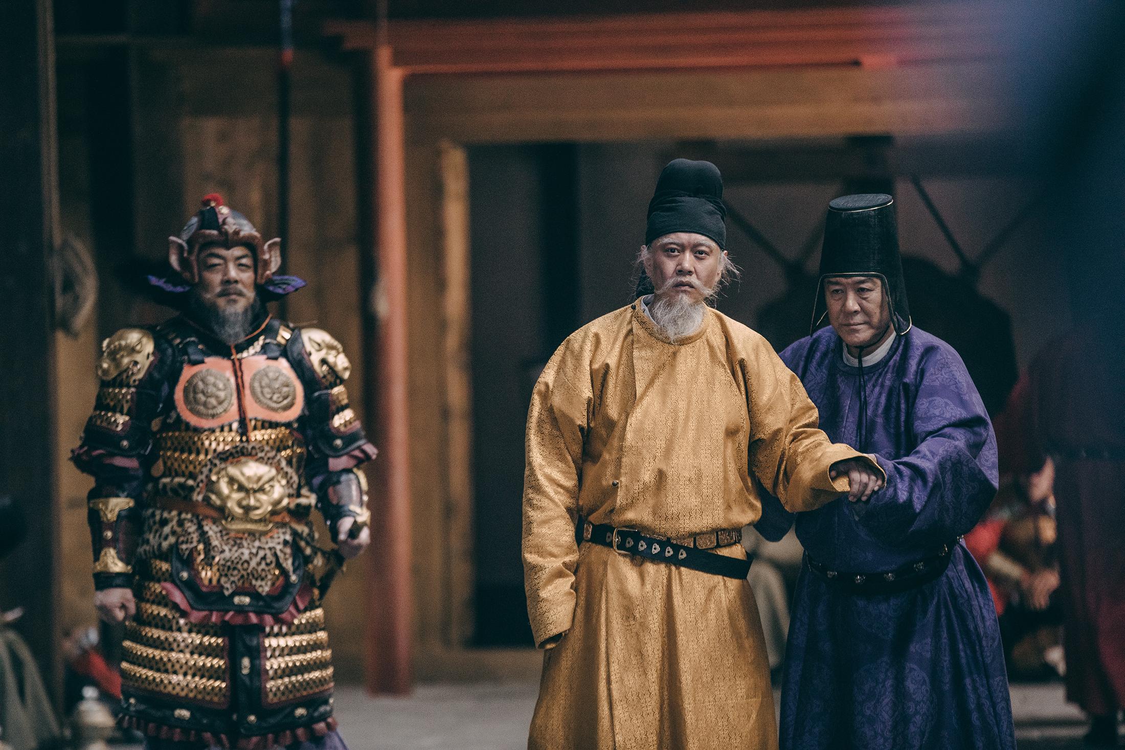 《长安十二时辰》热播 冯嘉怡大年龄跨度出演圣人获好评