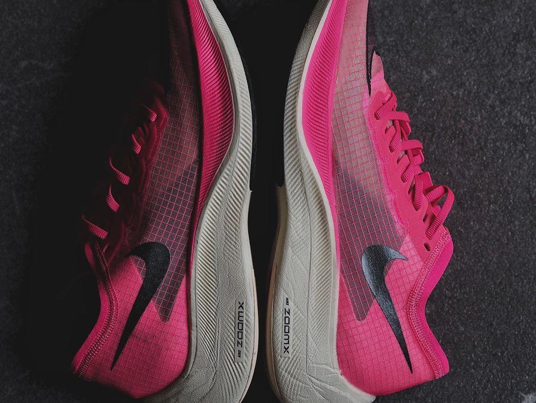 骚气十足!Nike ZoomX Vaporfly NEXT% 全新骚粉配色曝光!