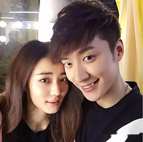 有一种 官宣 叫徐璐恋爱,短短一小时,乔任梁的微博沦陷了