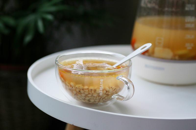 煮排骨汤时加上它,一周后体内的湿毒都排净了,养生又美味