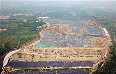 <b>国内最大垃圾填埋场将满 西安垃圾强制分类倒计时</b>