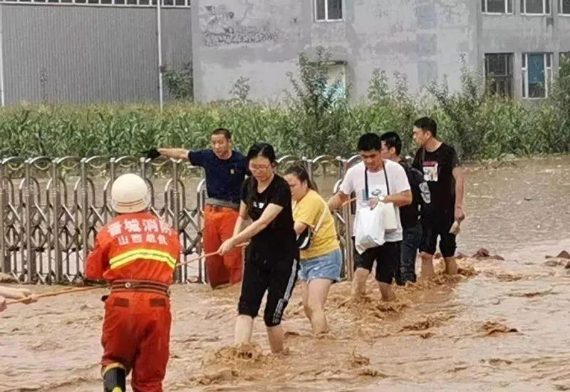 【救援】晋城某村墙体坍塌!20人被困!