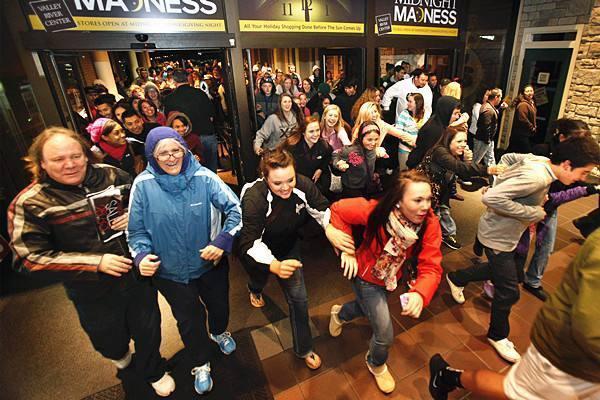 百货商场活动策划如何做到扩人气?