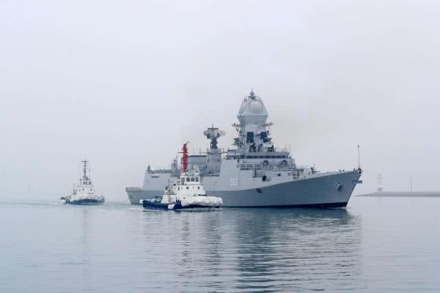 <b>美国反对无效!东方舰队悍然驶入波斯湾,伊朗:终于稳了!</b>