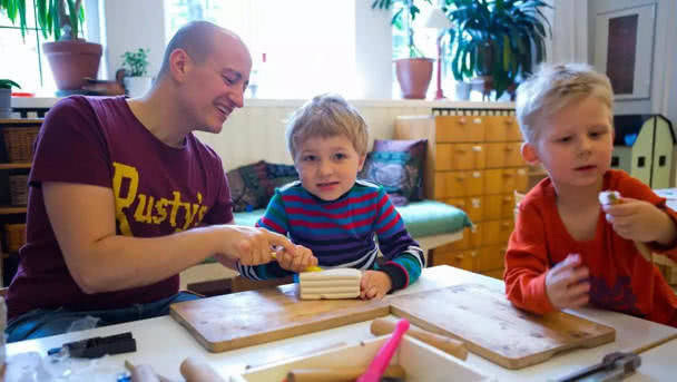 孩子上幼儿园就能放松了?家长要多配合幼儿园工作,才能更了解孩