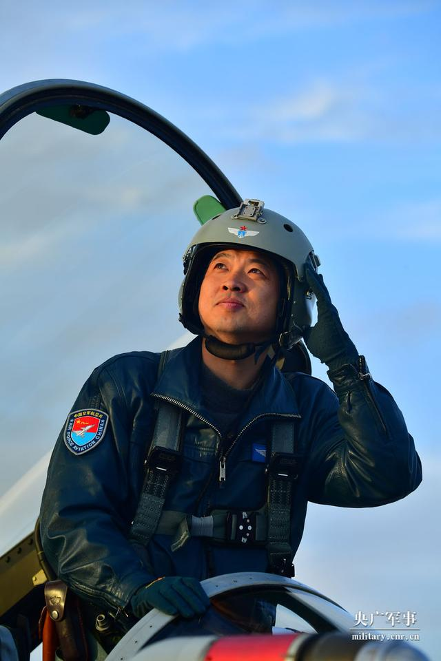 最美新时代革命军人风采|刘飞:蓝天上的制胜尖刀