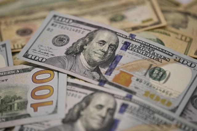 汇率破7!房企还债压力陡增,百万美元比一年前多还19万人民币