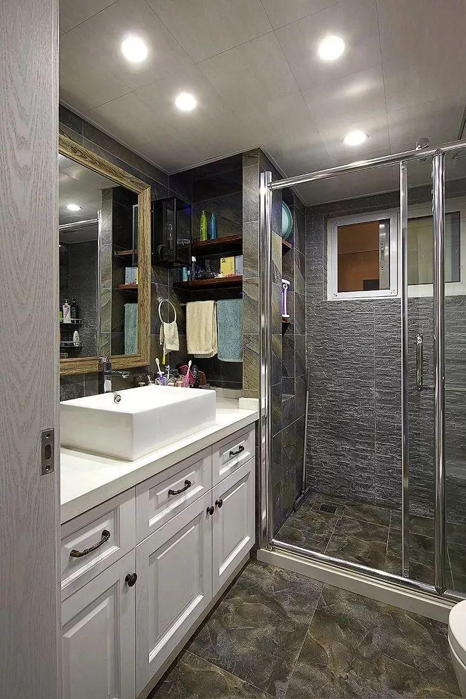 各种形状卫生间玻璃隔断,轻松打造干湿分离!
