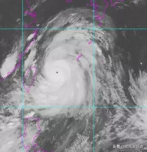 """台风""""利奇马""""突破17级以上,9"""