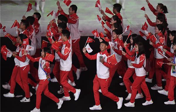 二青会中国香港入场那一刻,全场沸腾