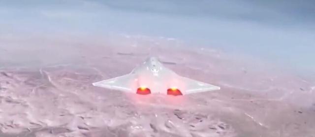 中国造出顶尖无人机,20000米高度持续飞半年,看遍全球永不着陆