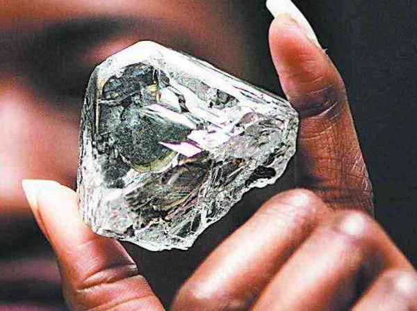 南非钻和莫桑钻的区别,万万没想到