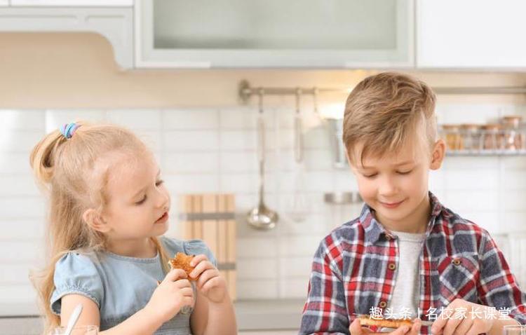 高情商父母注意:一定不要有3个坏习惯,影响孩子一生