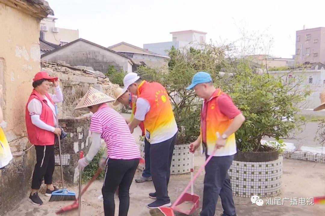 "<b>市民点赞志愿者服务,为汕尾""创文""添光彩</b>"