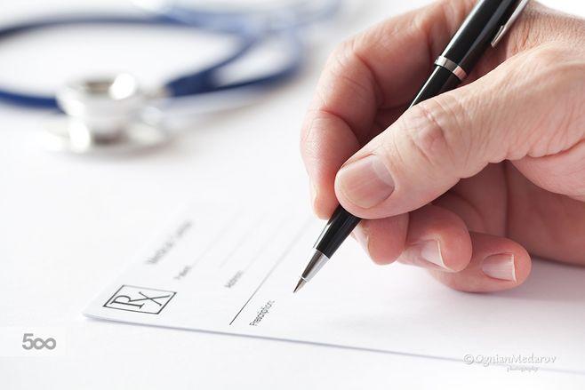 当健康告知和智能核保不一样时,应该看哪个?
