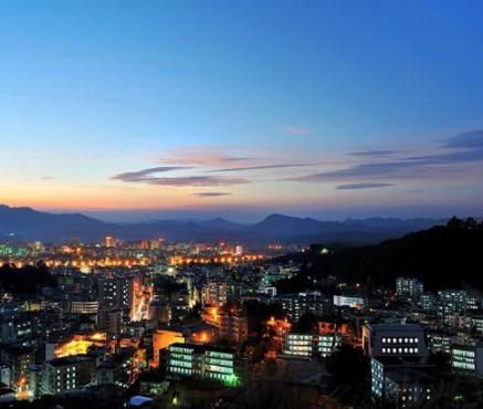 广东这个小城县将逆袭,439亿致富高铁路线,未来又是一匹黑马