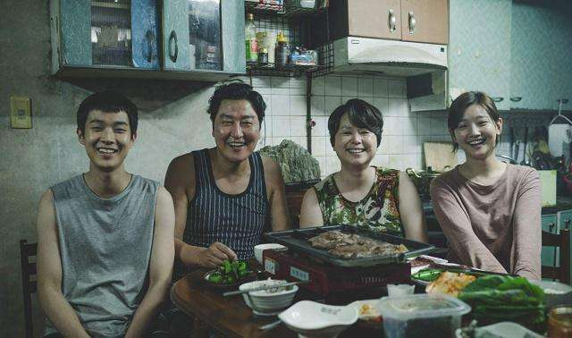豆瓣评分9.2,这部被誉为2019年必看的韩国电影到底有什么魔力?