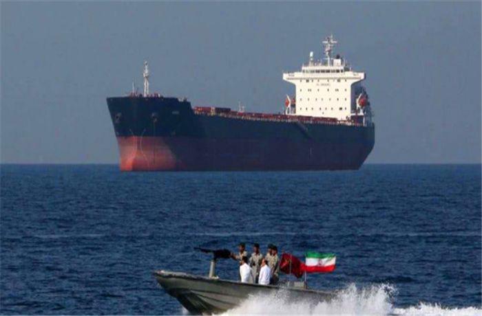 伊朗掏出压箱底装备,欧洲油轮接连中招,美:大国出手了