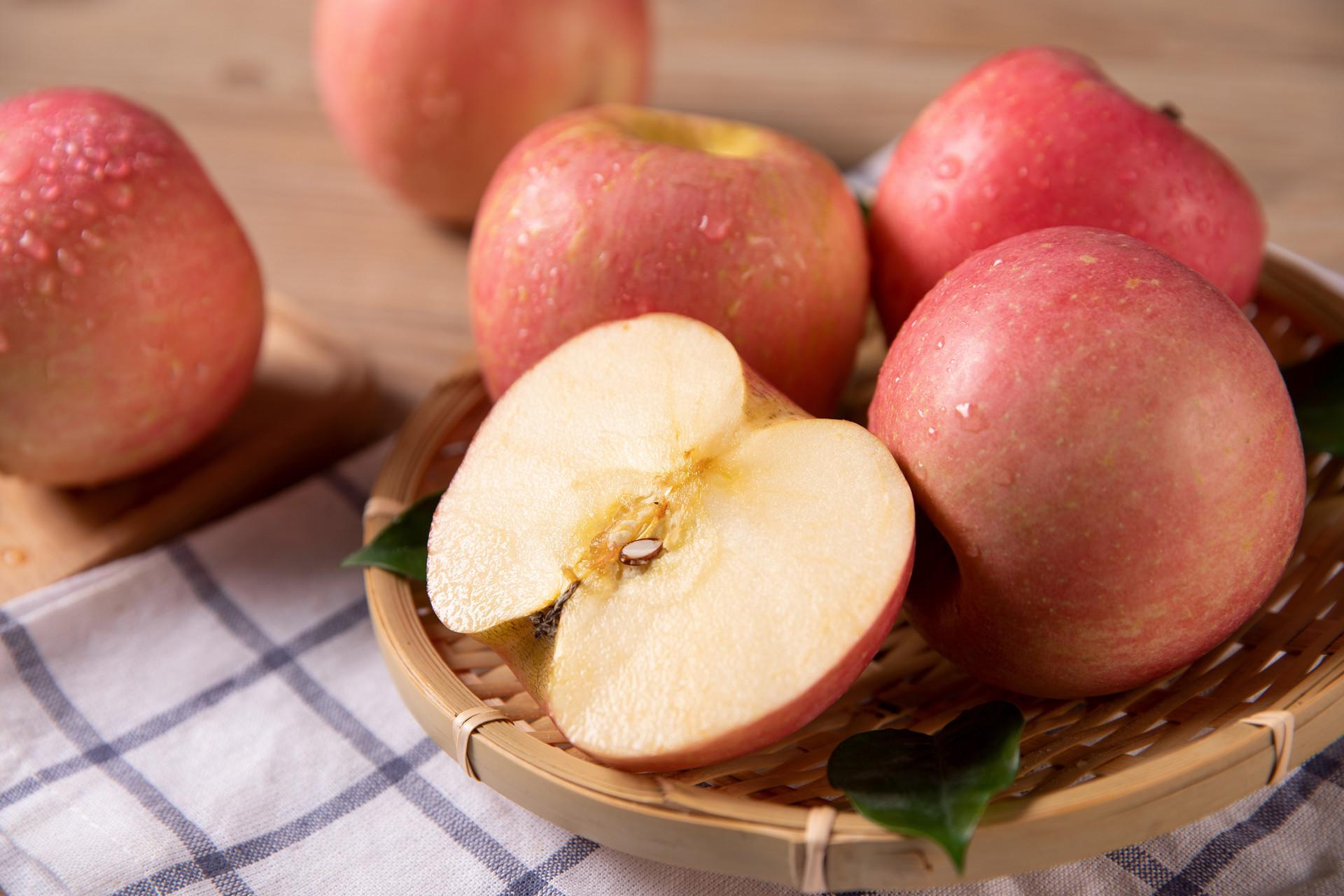 吃苹果究竟需不需要削皮?