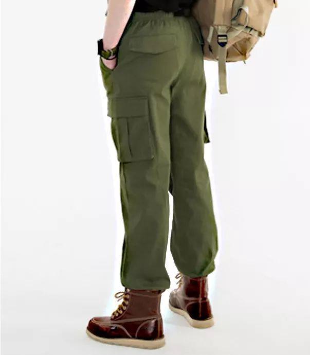 """也不知道是不是巧合,""""夷陵老祖""""肖战的机场look也选了工装风,而且裤子"""