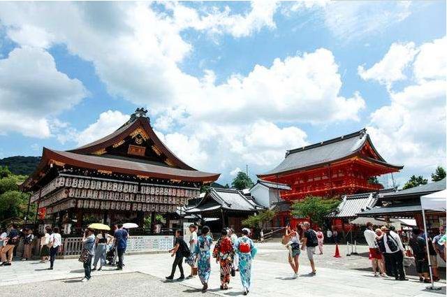 日本商人:为何现在中国游客都不爱买东西了?网友真相了!