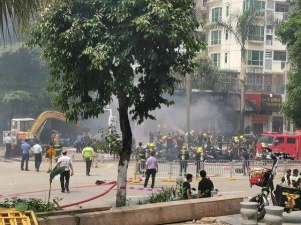 深圳一轮胎店突发大火,是什么原因引起的火灾一起来揭秘下