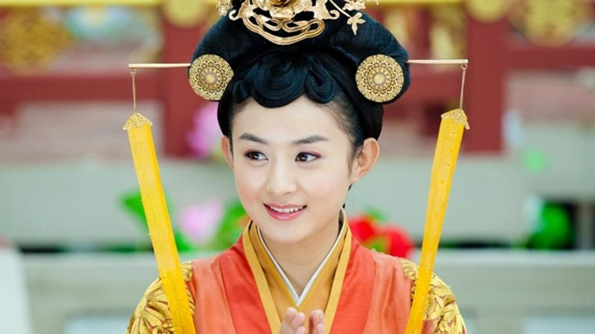 赵丽颖的八古装剧,花千骨,碧瑶哪个角色的痴心最令你感动?