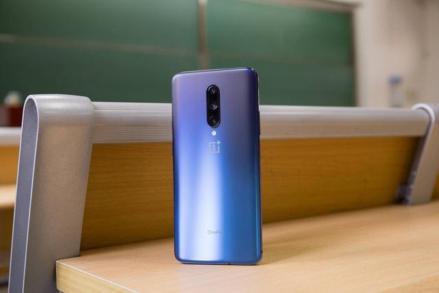 准大学生应该选择谁买手机?这台机器已经成为大多数人的选择