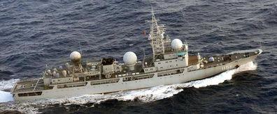 美国对华禁运电子设备,结果中国的电子侦察船美军要绕着走