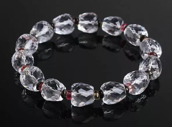 """谁说水晶都像玻璃、都是廉价货?这种""""开花""""的胶花水晶让人高攀不起!"""