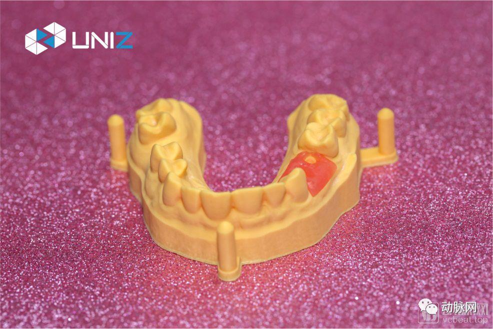 90%营收来自海外市场,UNIZ科技为医疗3D打印提供最快的打印机