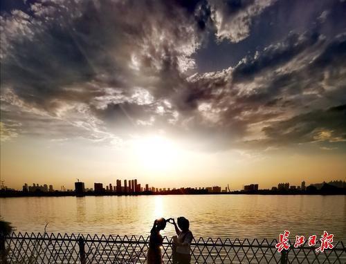 夕阳之下,天空之城丨图集