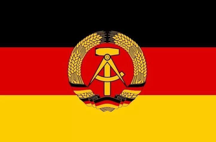 东德gdp_默克尔 柏林墙倒塌30年后,东德官员受到的羞辱,我仍记得(3)