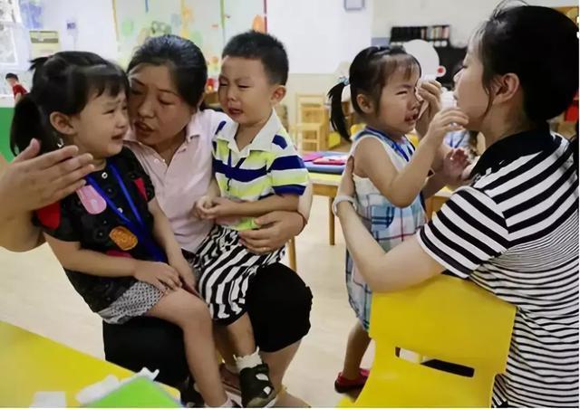 5岁儿子在幼儿园被欺负?高情商宝爸