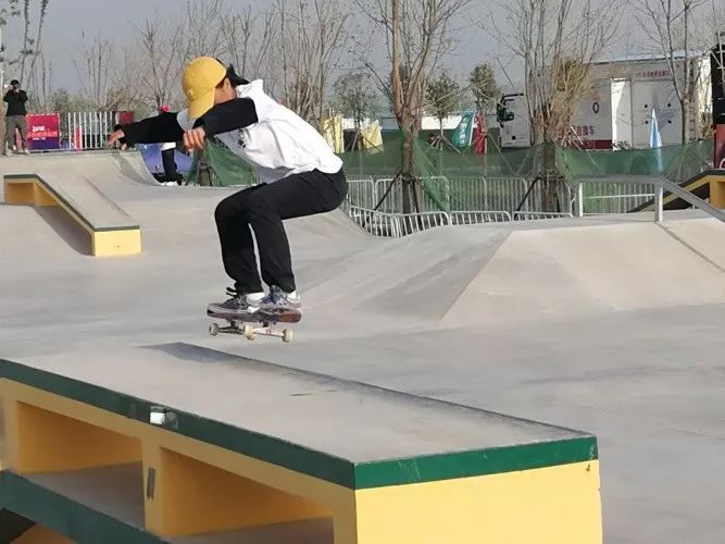 """18日—19日,来清丰看滑板少年玩转""""世界上最酷的运动""""!"""
