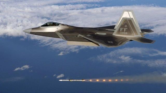 <b>美军AIM-260曝光,专门克制PL-15?其实美国最担心的是这款导弹</b>