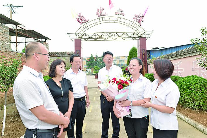 运城全国模范教师阮婷受邀参加二青会开幕式