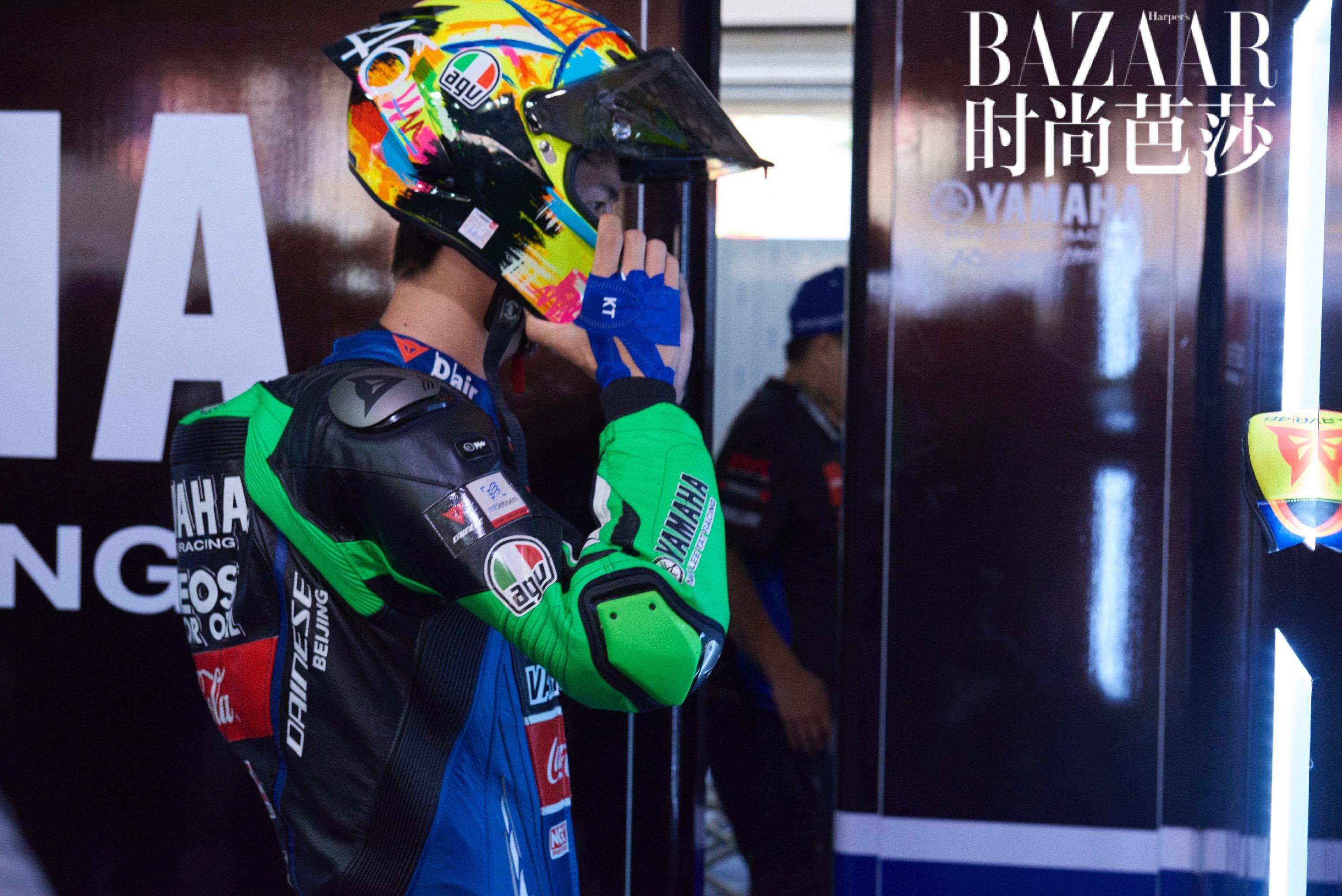 什么摩托赛车好_高燃!王一博获亚洲摩托车锦标赛新秀组双回合冠军 将热爱做到 ...