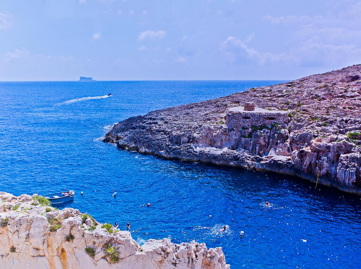 最低调的地中海国家_风景美物价低_漂亮混血妹子如云