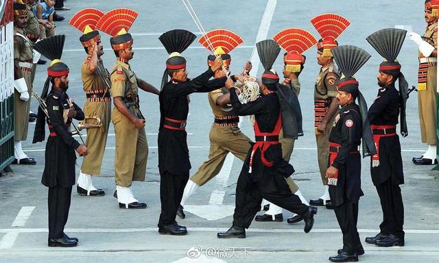 国际反应平淡印度窃喜,巴男童被锁宝马基斯坦反倒面临着更大的国际压力
