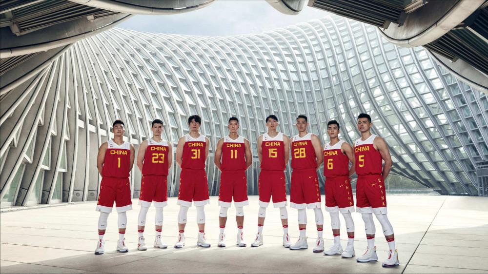 <b>中国男篮热身赛自欺欺人?浙媒:伊朗日本找虐,我们却欺负弱小</b>